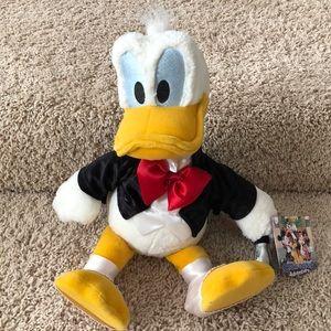 NWT Hollywood Donald Duck plush